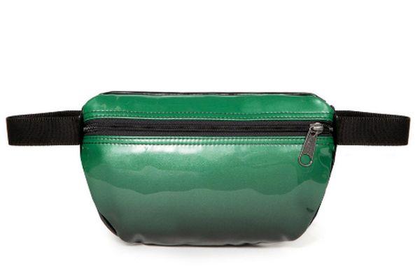 eastpak SPRINGER glossy green